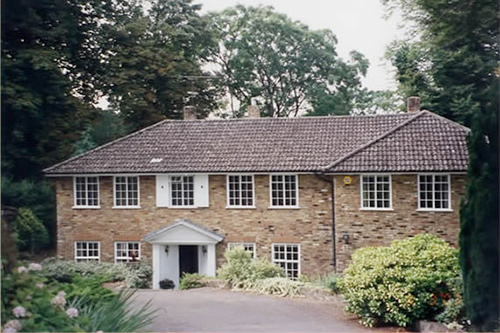 Exterior redecoration and repairs to domestic property